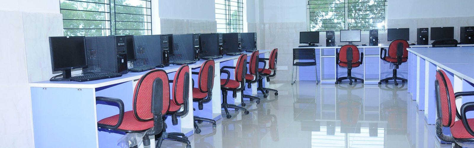 Компютърна стая